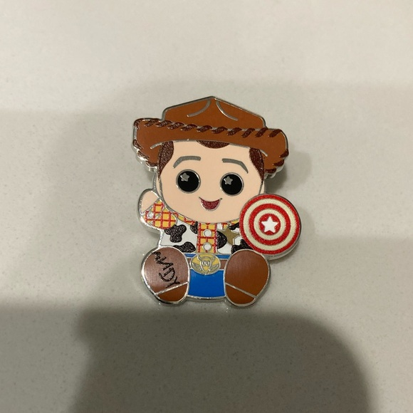 Wishables Pin Toy Story Woody wishable mystery pin